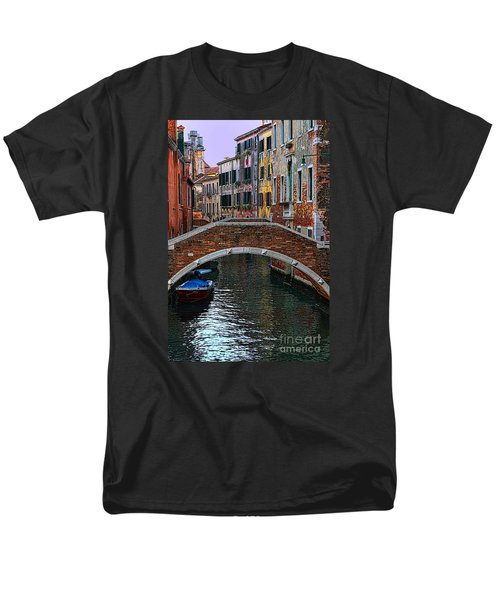 A Canal In Venice Men's T-Shirt  (Regular Fit) by Tom Prendergast