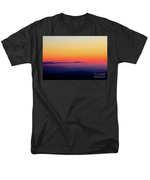 Men's T-Shirt  (Regular Fit) featuring the photograph A Simple Sunrise by Douglas Stucky