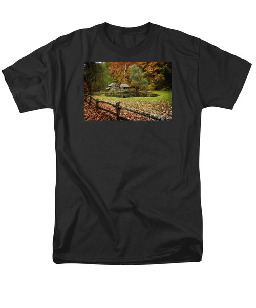 Autumn At Cuttalossa Farm V Men's T-Shirt  (Regular Fit) by Debra Fedchin
