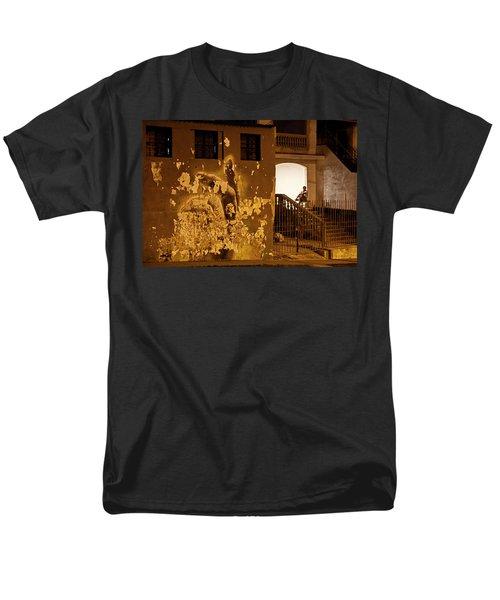 Avenue De Los Presidentes Havana Cuba Men's T-Shirt  (Regular Fit) by Charles Harden
