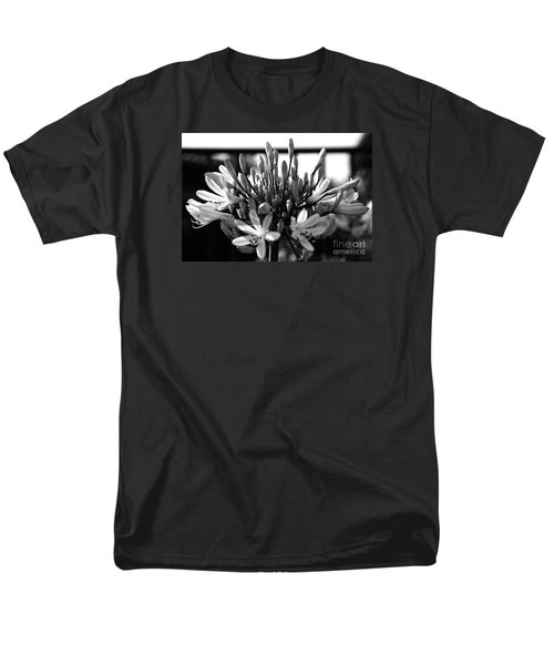 Becoming Beautiful - Bw Men's T-Shirt  (Regular Fit) by Linda Shafer