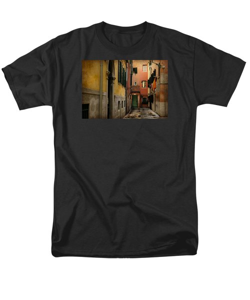 Men's T-Shirt  (Regular Fit) featuring the photograph Bella Italia by Uri Baruch