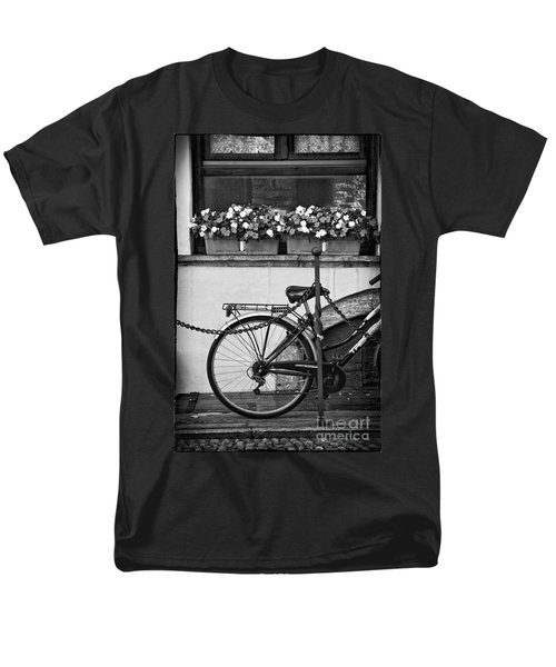 Bicycle With Flowers Men's T-Shirt  (Regular Fit) by Silvia Ganora