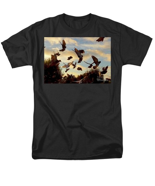 Birds And Fun At Butler Park Austin - Birds 1 Men's T-Shirt  (Regular Fit) by Felipe Adan Lerma