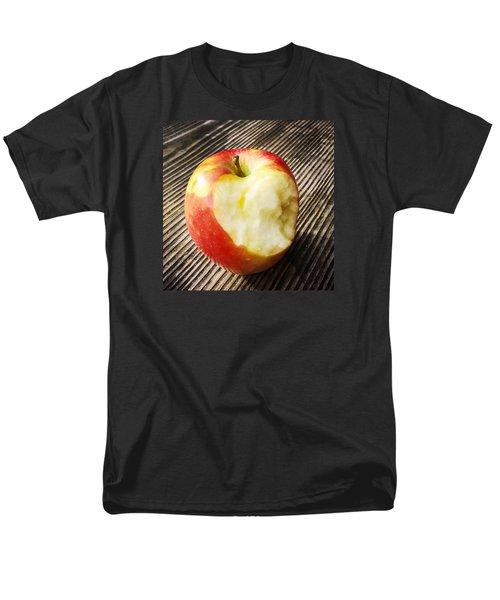 Bitten Red Apple Men's T-Shirt  (Regular Fit) by Matthias Hauser