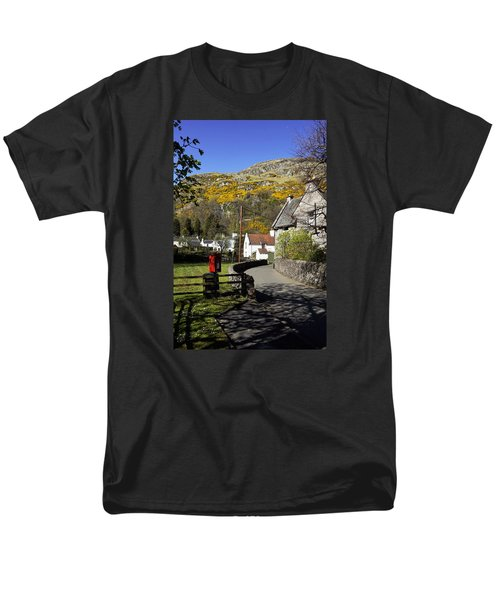 Men's T-Shirt  (Regular Fit) featuring the photograph Blairlogie by Jeremy Lavender Photography