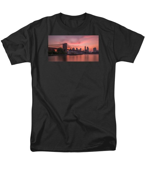Brooklyn Bridge Sunset Men's T-Shirt  (Regular Fit) by Scott McGuire