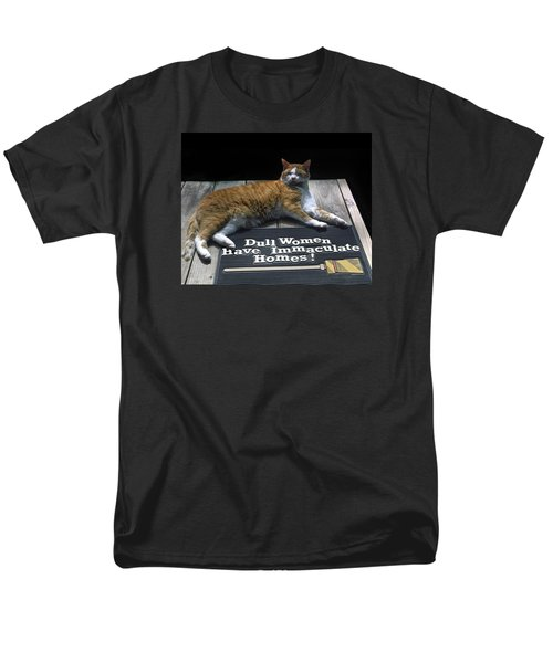Cat On Dull Women Mat Men's T-Shirt  (Regular Fit) by Sally Weigand