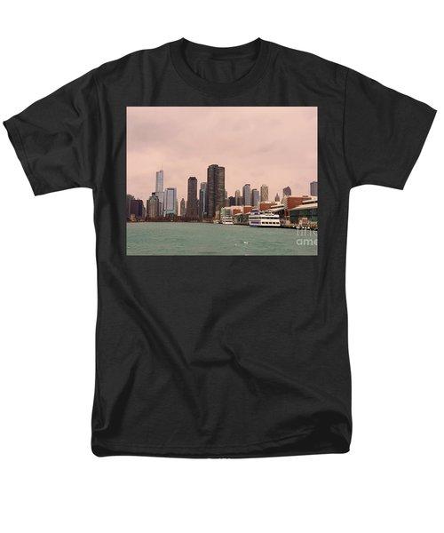 Chicago Skyline Men's T-Shirt  (Regular Fit) by Elizabeth Coats