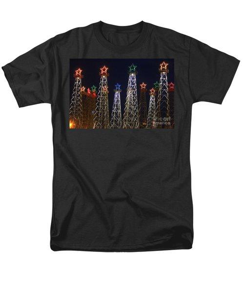 Closeup Of Kilgore Texas Derricks Men's T-Shirt  (Regular Fit)
