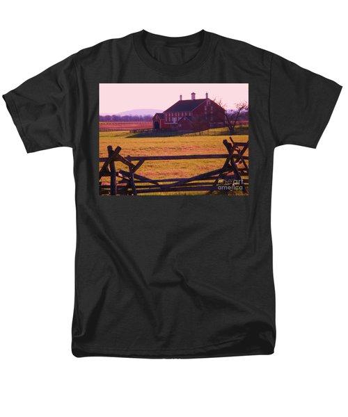 Codori Barn Gettysburg Men's T-Shirt  (Regular Fit) by Eric  Schiabor