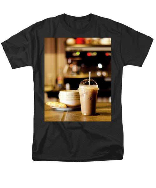 Coffee Bar Atmosphere Men's T-Shirt  (Regular Fit)
