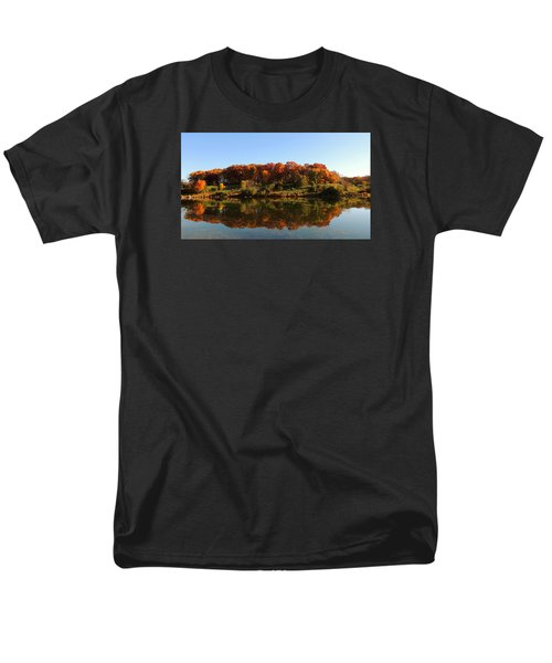 Men's T-Shirt  (Regular Fit) featuring the photograph Colors Of Autumn by Teresa Schomig