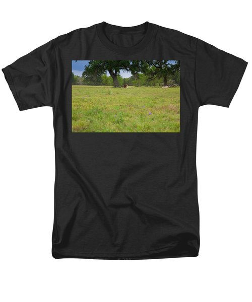 Cow Surrounded By Her Fans Men's T-Shirt  (Regular Fit)