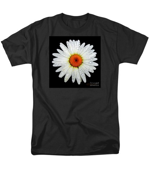 Men's T-Shirt  (Regular Fit) featuring the photograph Daisy  by Patricia L Davidson