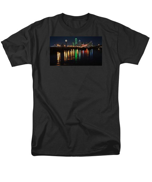 Men's T-Shirt  (Regular Fit) featuring the photograph Dallas At Night by Kathy Churchman
