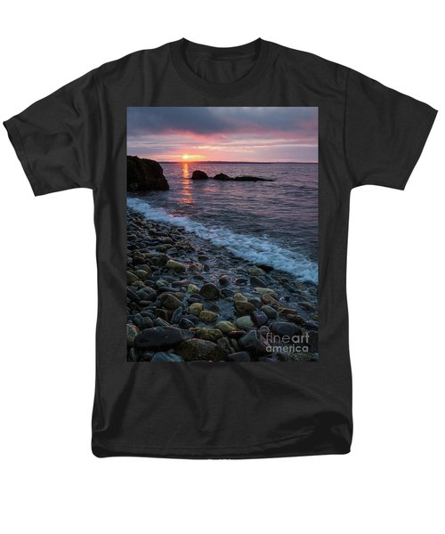 Dawn, Camden, Maine  -18868-18869 Men's T-Shirt  (Regular Fit)