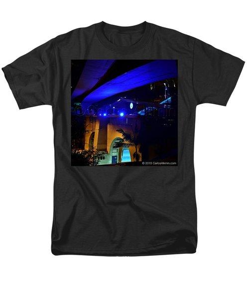 Debut Do @mirante9dejulho, Em Festa Men's T-Shirt  (Regular Fit) by Carlos Alkmin
