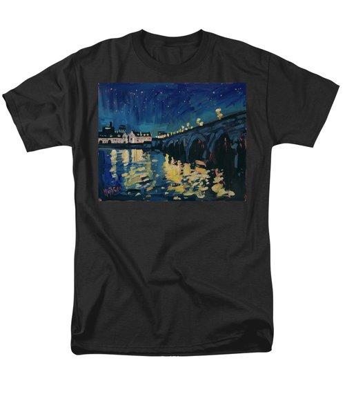 December Lights At The Old Bridge Men's T-Shirt  (Regular Fit)