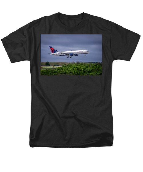 Delta Air Lines 757 Airplane N557nw Art Men's T-Shirt  (Regular Fit) by Reid Callaway