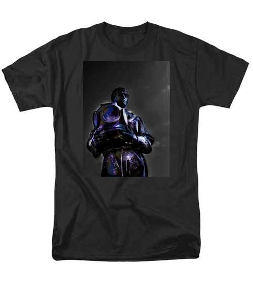 Men's T-Shirt  (Regular Fit) featuring the photograph Diver by Randy Sylvia