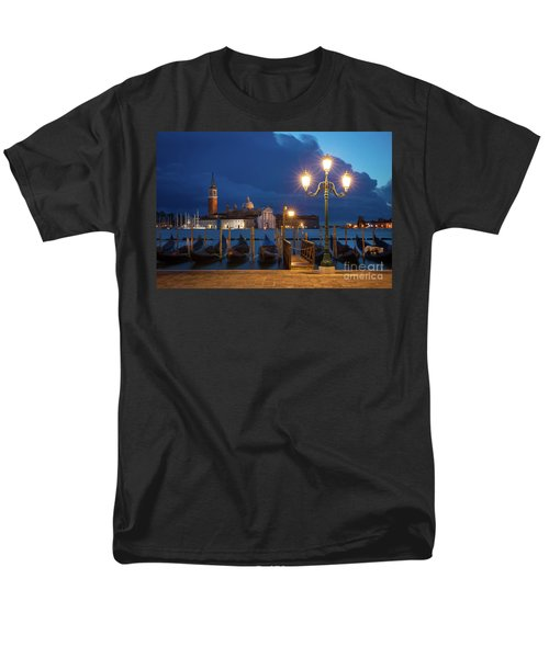 Men's T-Shirt  (Regular Fit) featuring the photograph Early Morning In Venice by Brian Jannsen
