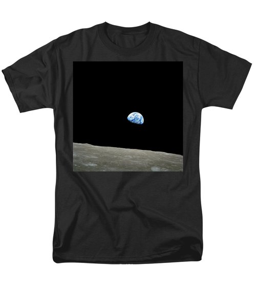 Earthrise - The Original Apollo 8 Color Photograph Men's T-Shirt  (Regular Fit) by Nasa