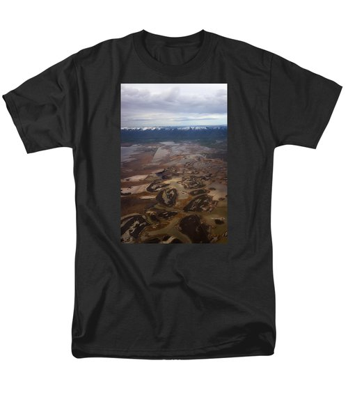 Men's T-Shirt  (Regular Fit) featuring the photograph Earth's Kidneys by Ryan Manuel