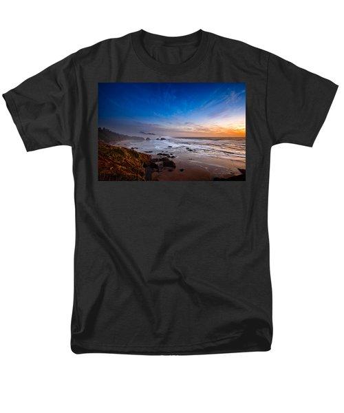 Ecola State Park At Sunset Men's T-Shirt  (Regular Fit) by Ian Good