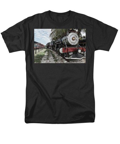 Engine 1342 Parked Men's T-Shirt  (Regular Fit)