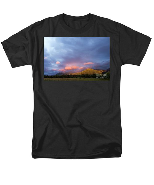 Men's T-Shirt  (Regular Fit) featuring the photograph Evening In Cades Cove - D009913 by Daniel Dempster