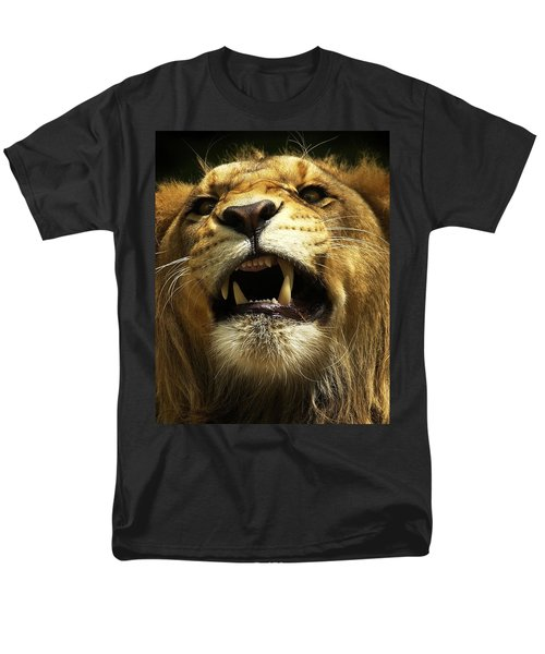 Men's T-Shirt  (Regular Fit) featuring the photograph Fierce by Wade Aiken