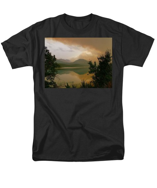 Fire Over St Mary Lake Men's T-Shirt  (Regular Fit)