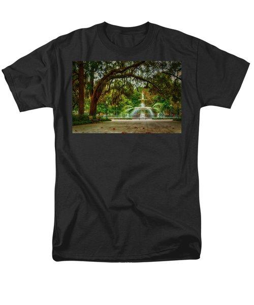 Forsyth Park Fountain Men's T-Shirt  (Regular Fit)