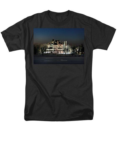 Frozen Boldt Castle Men's T-Shirt  (Regular Fit) by Lori Deiter
