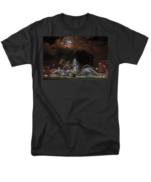 Full Moon At The Fountain Men's T-Shirt  (Regular Fit)