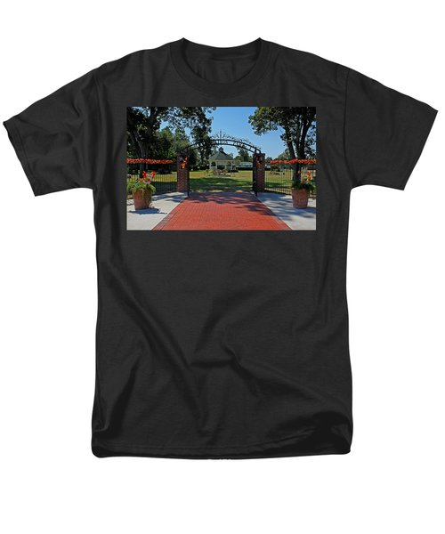 Men's T-Shirt  (Regular Fit) featuring the photograph Gazebo At Celebration Park by Judy Vincent