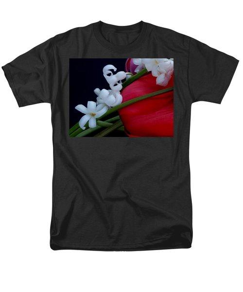 Men's T-Shirt  (Regular Fit) featuring the photograph Gentle Breeze by Lisa Kaiser