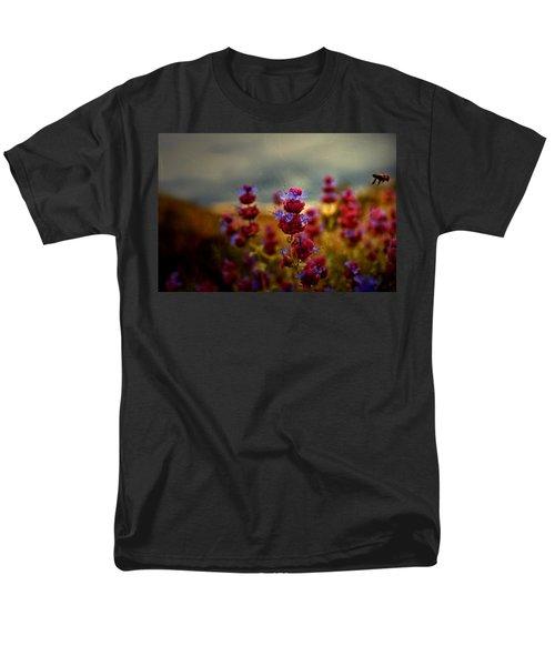 Go Bee Men's T-Shirt  (Regular Fit) by Mark Ross