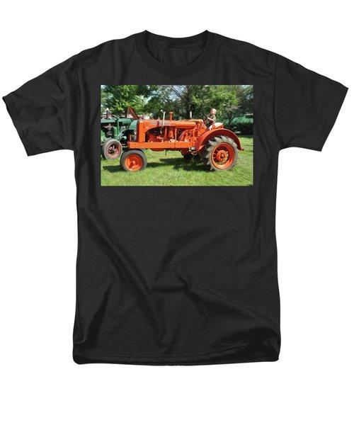 Good Day On The Farm Men's T-Shirt  (Regular Fit)