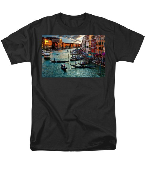 Grand Canal Sunset Men's T-Shirt  (Regular Fit) by Harry Spitz