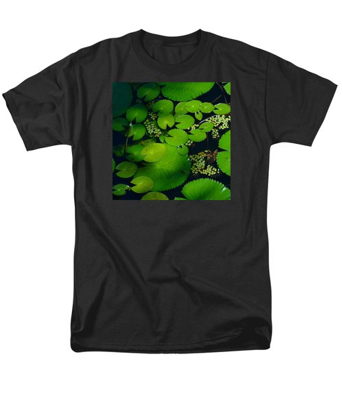 Green Islands Men's T-Shirt  (Regular Fit) by Evelyn Tambour