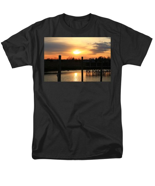 Guilford Low Tide Men's T-Shirt  (Regular Fit) by Catie Canetti
