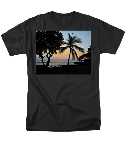 Hawaiian Big Island Sunset  Kailua Kona  Big Island  Hawaii Men's T-Shirt  (Regular Fit) by Michael Bessler