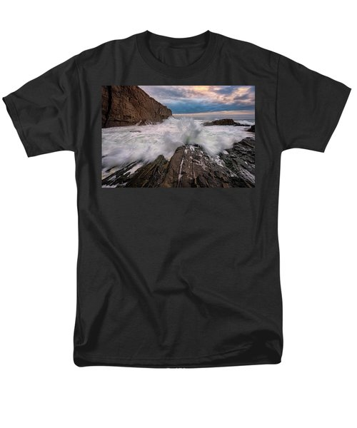 Men's T-Shirt  (Regular Fit) featuring the photograph High Tide At Bald Head Cliff by Rick Berk
