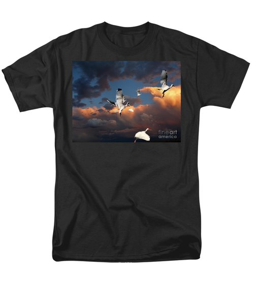 Ibis In Flight Men's T-Shirt  (Regular Fit) by Irma BACKELANT GALLERIES