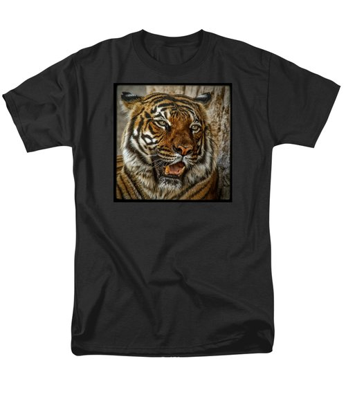 Men's T-Shirt  (Regular Fit) featuring the photograph Is This My Best Side by Elaine Malott