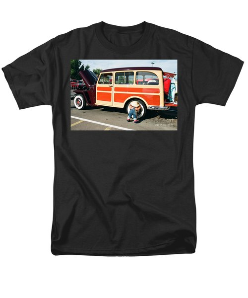 Men's T-Shirt  (Regular Fit) featuring the photograph Jeepster by Vinnie Oakes