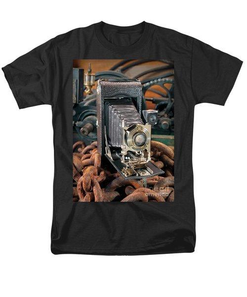 Kodak No. 3a Autographic Camera Men's T-Shirt  (Regular Fit) by Martin Konopacki