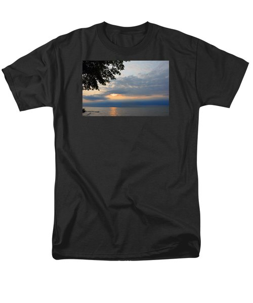 Men's T-Shirt  (Regular Fit) featuring the photograph Lake Erie Sunset by Lena Wilhite